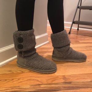UGG  classic cardy boots - grey